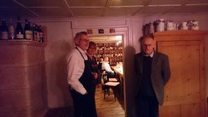 Peter Stöger, Christa Bösch und Pius Fink von Slow Food Vorarlberg begrüßen die Gäste